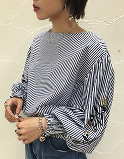 バルーンスリーブ袖刺繍ブラウス